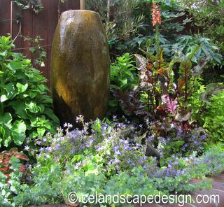 Small Space Garden Design 15