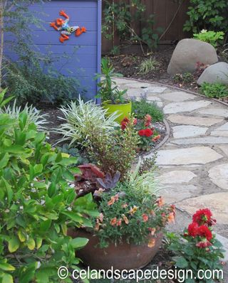 Small Space Garden Design 7